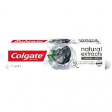 Colgate Bělicí zubní pasta s aktivním uhlím Naturals Charcoal Trio