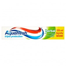 Aquafresh Triple Protection Herbal zubní pasta